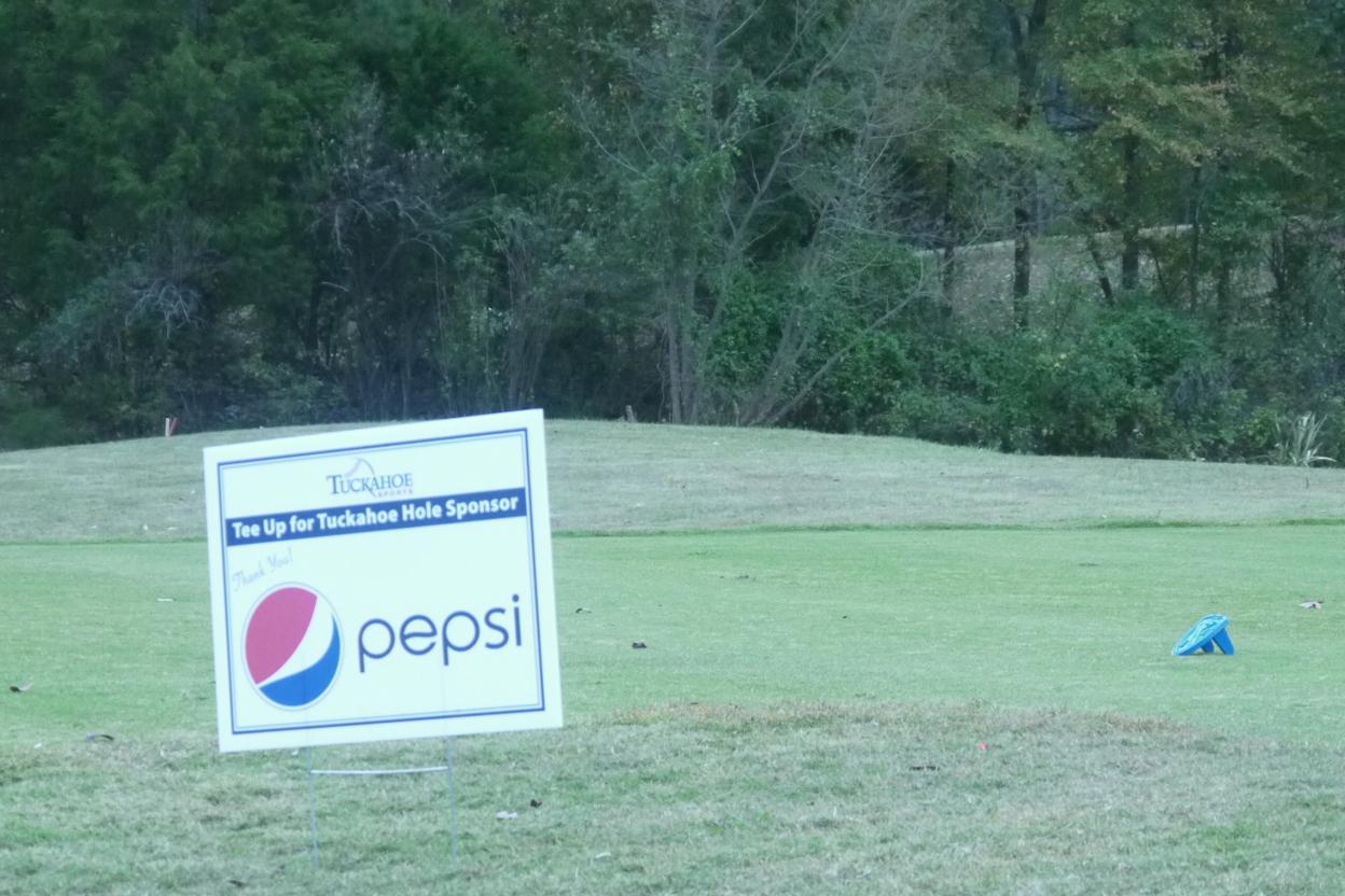 12a_Pepsi-Hole-Sign
